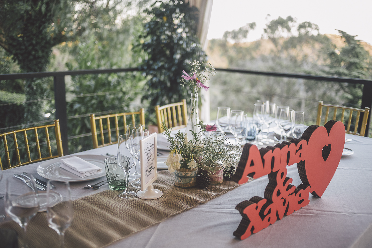 fotógrafo bodas barcelona :: fotografía de bodas barcelona :: vestido de novia corto :: Espacio Sol i Vida :: Boda Vintage