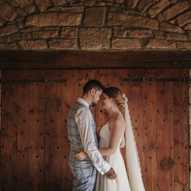 fotógrafo boda barcelona :: fotógrafo romántico :: fotógrafo de boda en ca n'alzina :: boda en la montaña :: boda en una masía :: Ca n'Alzina :: Barcelona wedding photographer