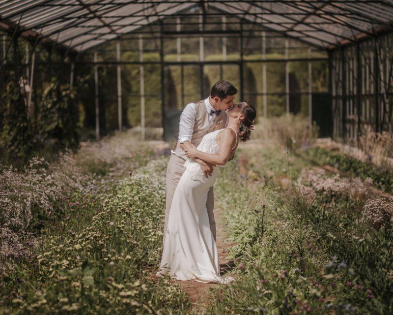 Finca El Roure :: Spain country wedding :: boda en el campo :: glasshouse wedding :: boda en un hinvernadero :: boda romántica :: nòmades :: casaments al bosc