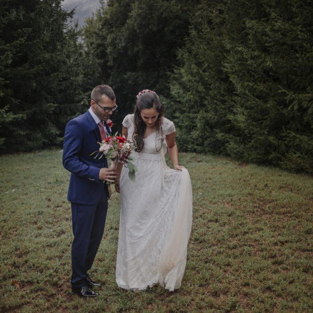 fotógrafo de bodas barcelona :: boda en la montaña :: boda en el montseny :: mas el martí :: boda en una masía