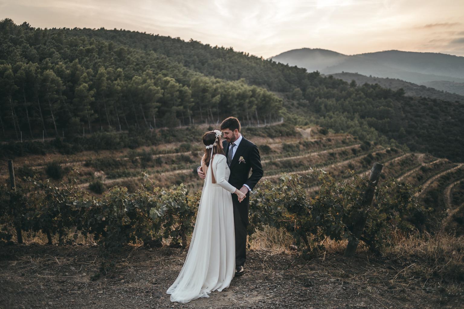 fotógrafo postboda Portbou :: fotógrafo de boda Barcelona :: Barcelona wedding photographer :: costa brava photographer :: Fotógrafo de bodas Sant Cugat