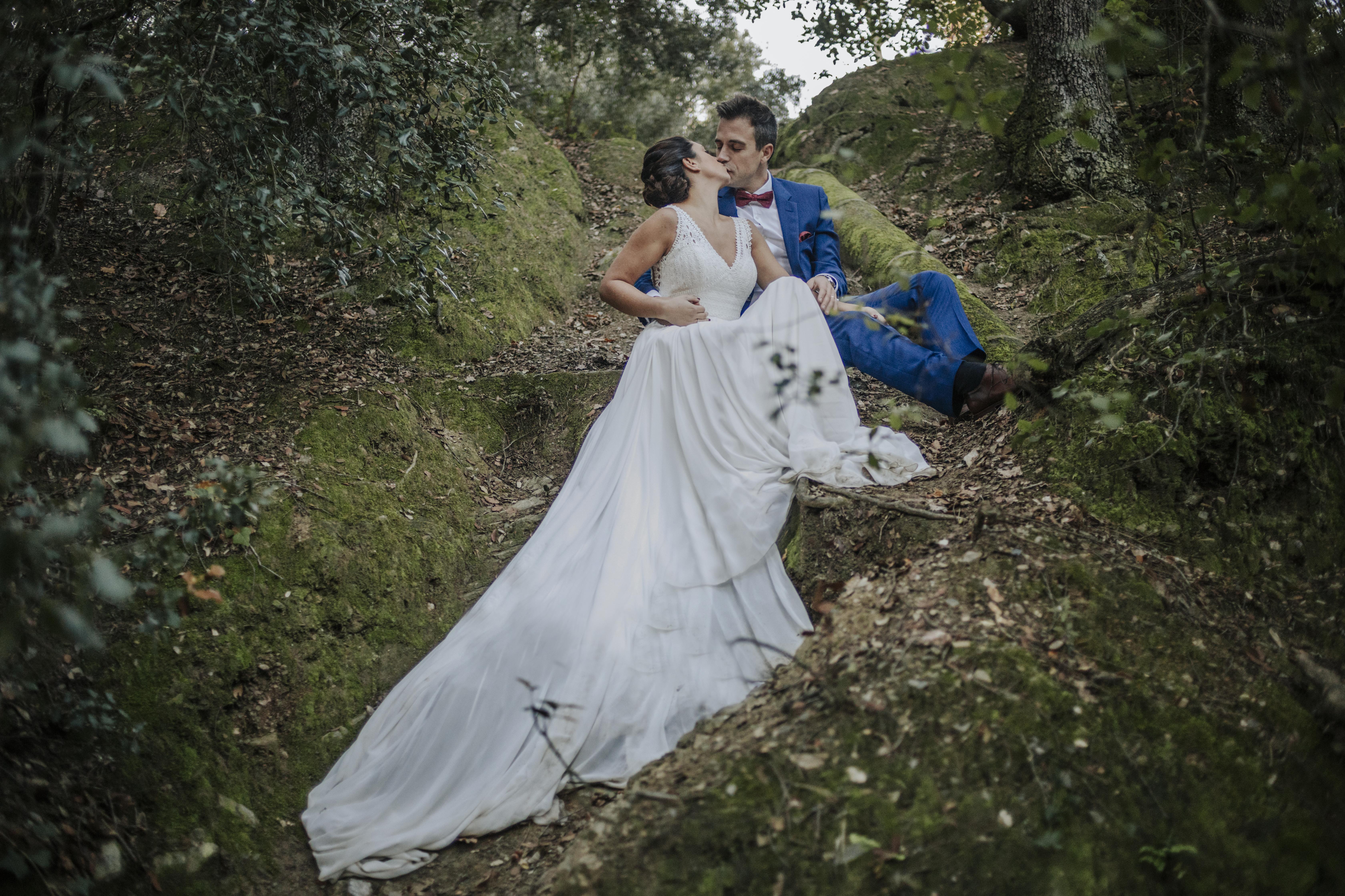 fotógrafo boda barcelona : postboda barcelona : barcelona trash the dress :: barcelona wedding photographer
