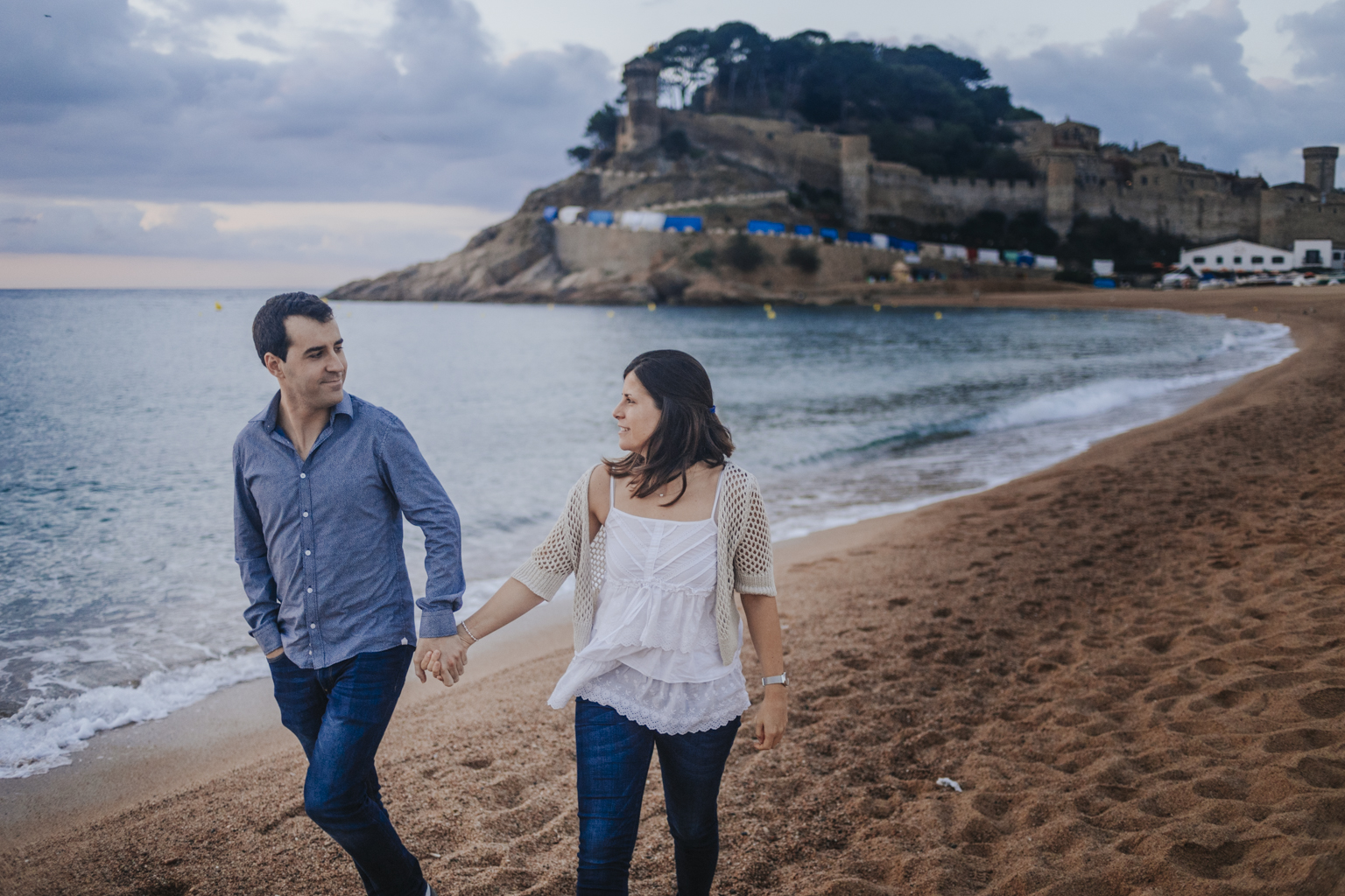 fotógrafo preboda tossa de mar :: save the date costa brava :: fotógrafo de bodas girona :: costa brava wedding photographer :: Barcelona photographer :: Fotógrafo de pareja Girona