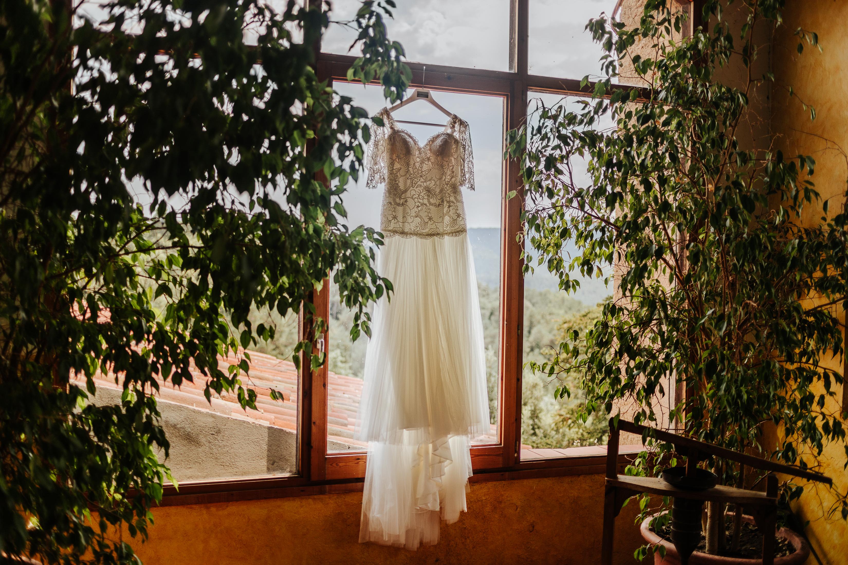 Fotógrafo de bodas Barcelona :: Boda Masia Brugarolas :: Boda en Masía :: Boda en el campo :: Boda sofisticada :: Wedding Photographer