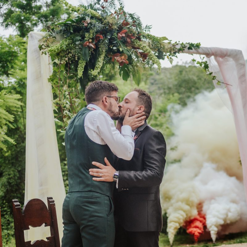 Fotógrafo de boda gay Barcelona :: El Clar del Bosc :: Boda en el bosque :: Boda homosexual :: boda en una masía