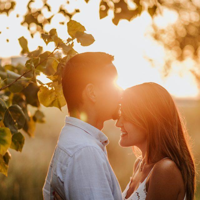 fotógrafo de pareja :: Fotógrafo de preboda :: Preboda en el bosque :: Preboda en el campo :: fotógrafo de bodas :: Wedding photographer :: Barcelona wedding photographer :: Reportaje de pareja