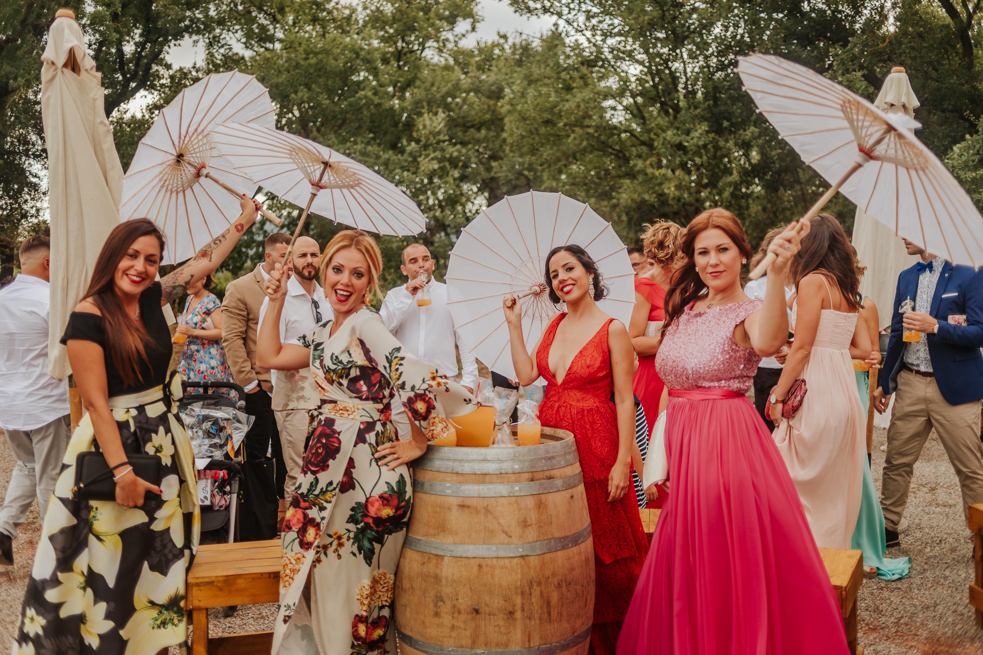 Fotógrafo boda barcelona :: Bodas nómades :: Casaments al Bosc :: Boda en un viñedo :: Boda entre viñas :: Boda en una bodega :: bodegas abadal :: boda en bodegas abadal